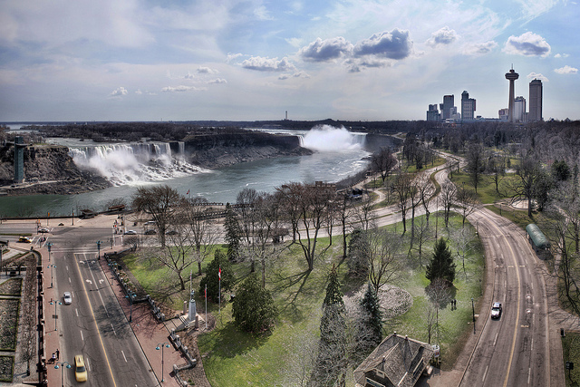 Photograph of Niagara